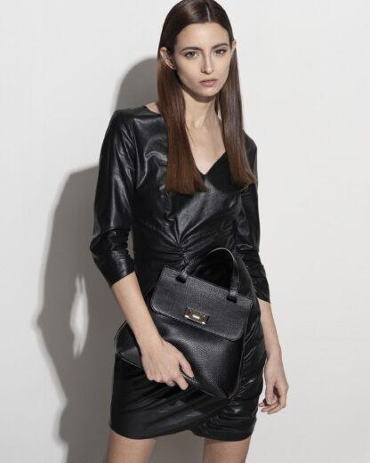 borsa-bauletto-clutch-zaino-vera-pelle-artigianale-design-made-in-italy-real-lather-elegante-nera